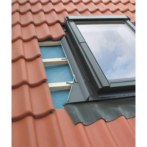 FAKRO EHV-A pieslēgumi dziļi profilētiem jumtu segumiem