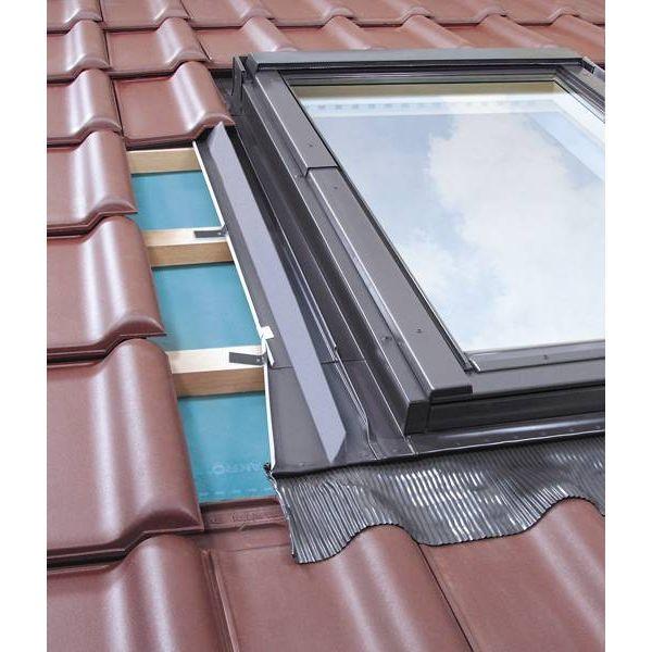 FAKRO EZV-A pieslēgumi profilētiem jumta segumiem